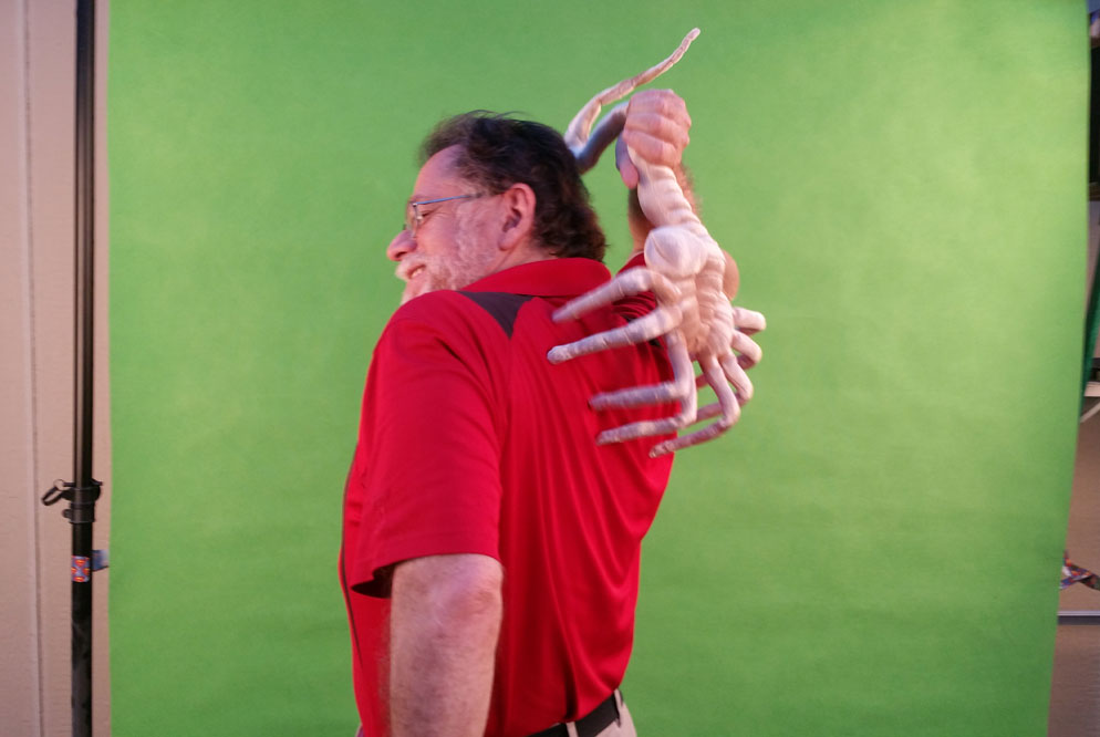 AFOL Husband from Second Geekhood with Facehugger